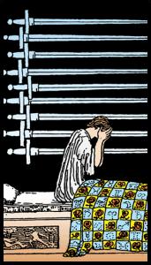 carta nueve de espadas tarot